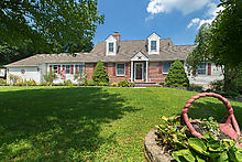 145 London Grove Rd , West Grove PA 19348