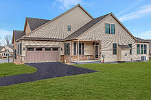 233 Honeycroft Blvd , Cochranville PA 19330
