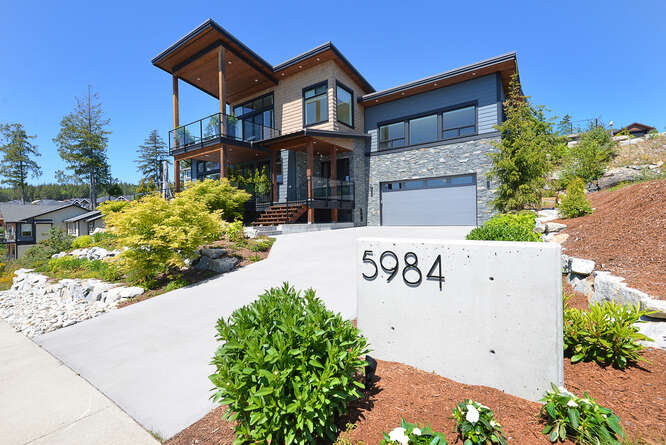 Sotheby's International Realty Canada Sechelt in BC