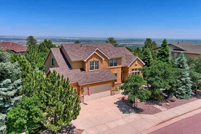 Colorado Springs in CO