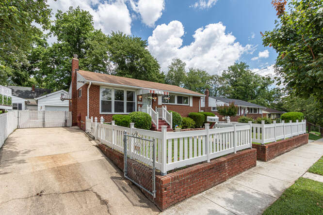 Real Living Reserve Realty Silver Spring in MD